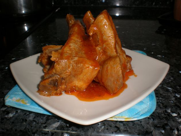 piezf - Costillas de cerdo, hervidas con tomate